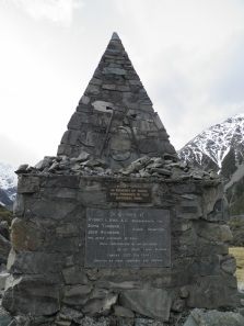 Memorial to Mountaineers