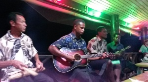 Fijian band at the backpackers