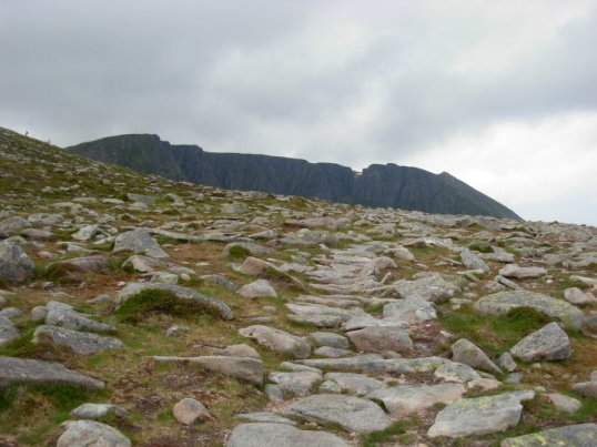 Approaching the col with Lochnagar in the background