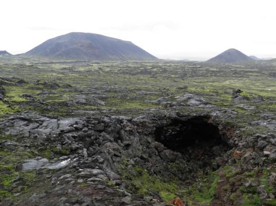 Crossing the lava field near Þríhnúkagígur